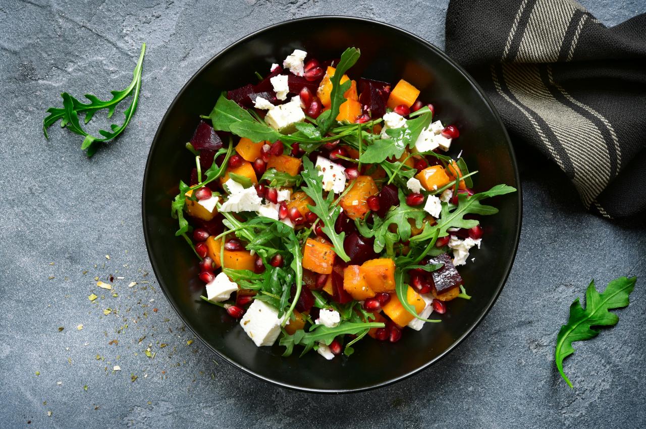 Salat essen, leichte Küche